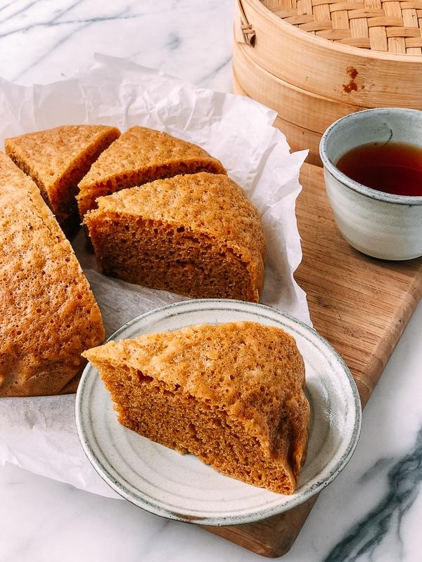 mai lai go, or Malaysian cake